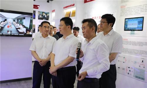 临沂市市长孟庆斌一行考察奔腾激光山东公司