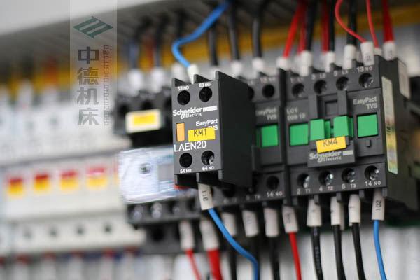 ZDPK-4015正品施耐德电气.jpg