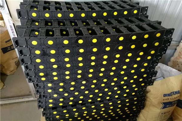 白色拖链专业生产砀山县塑料拖链全国包邮